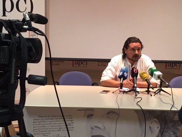 El coordinador provincial de IU, Fernando Macía