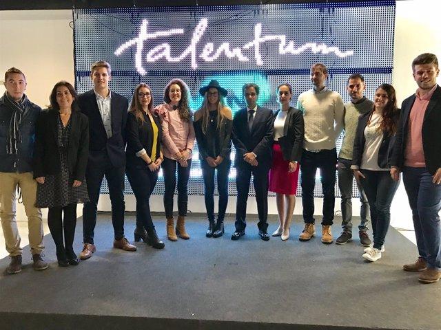 Entrega de premios 'Talentum in Session' de la Junta y Telefónica