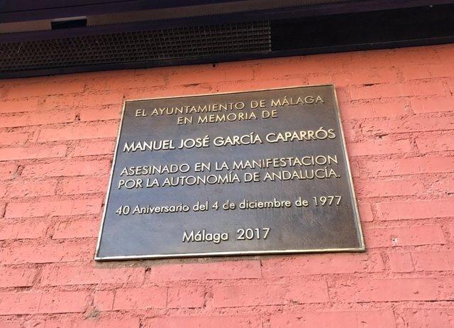 Placa Manuel José García Caparrós, nueva, 40 aniversario