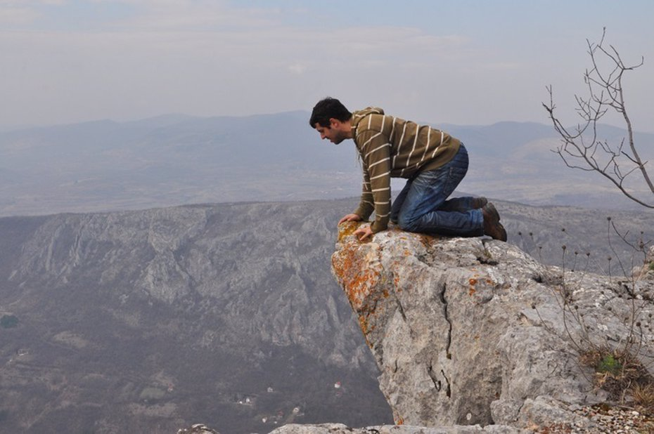 Foto: ¿Existe realmente el miedo a las alturas? (GETTY IMAGES/ISTOCKPHOTO / USERCCE650B4_975)