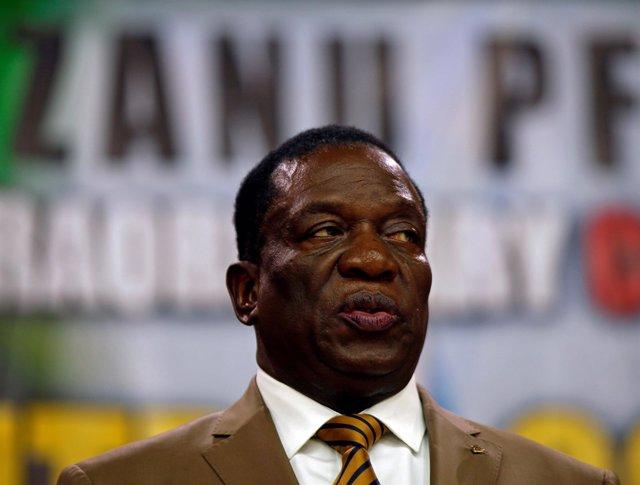 Emmerson Mnangagwa en el congreso del ZANU-PF