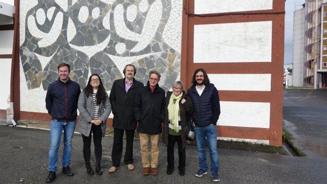 Visita de parlamentarios de En Marea al Museo Maside de Sada