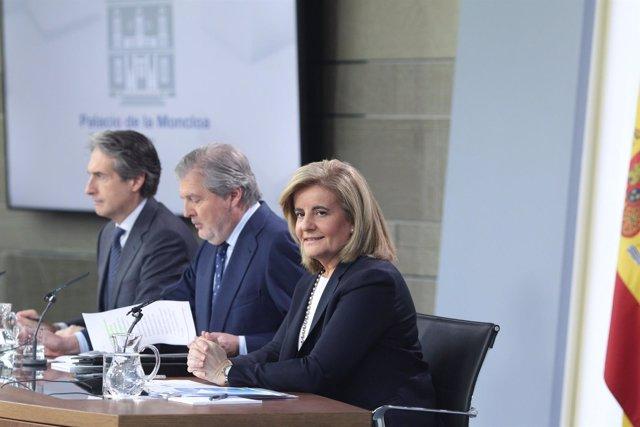 Rueda de prensa de Fátima Báñez, Iñigo Méndez de Vigo e Iñigo de la Serna