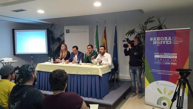 El albergue juvenil de Torremolinos acoge unas jornadas formativas en materia LG