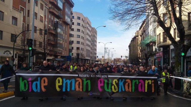 Manifestación de Kontseilua a favor del euskera
