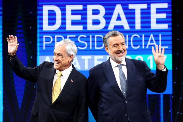 Sebastián Piñera y Alejandro Guillier en el último debate electoral