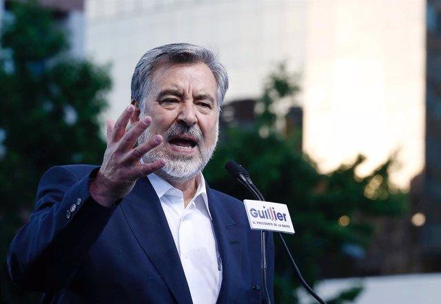 El candidato presidencial Alejandro Guillier