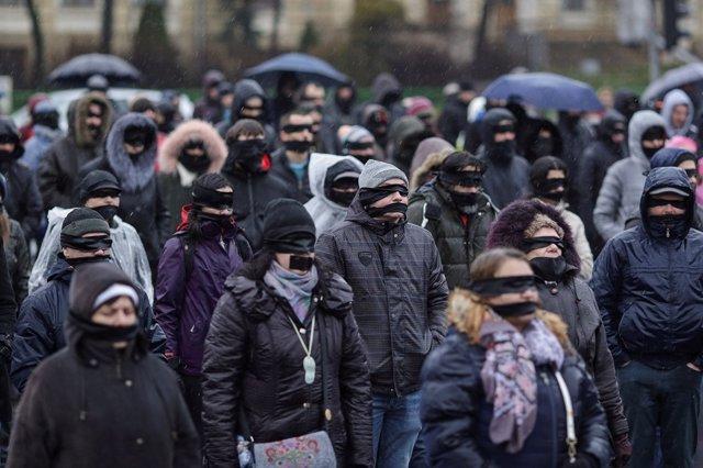 Miles de personas se manifiestan nuevamente en Rumanía contra la reforma judicia