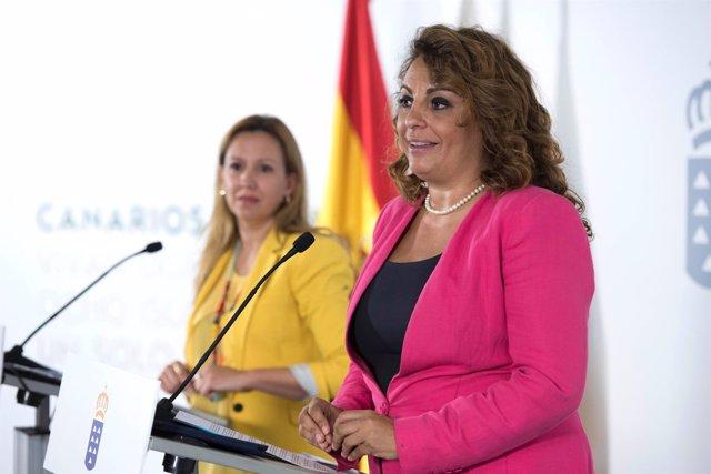 Cristina Valido junto a Rosa Dávila