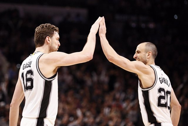 Pau Gasol y Manu Ginobili (San Antonio Spurs)
