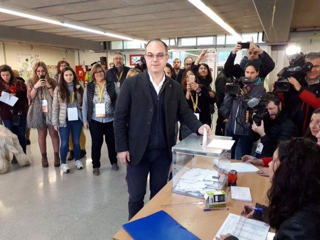 Jordi Turull (PDeCAT) vota en las elecciones del 21-D