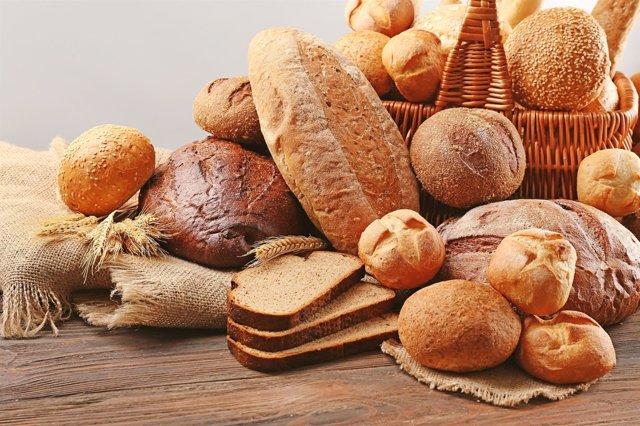 Comer pan, una de las