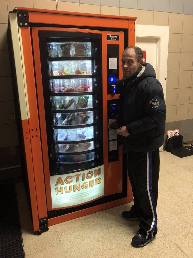 vending machine - twitter