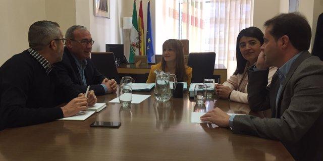 Reunión de Verónica Pérez con los alcaldes.