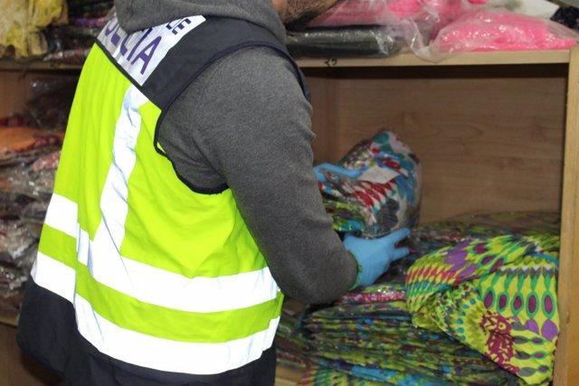 Decomiso de falsificaciones en València