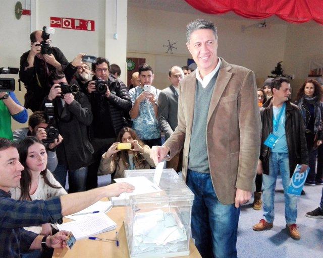 Xavier García Albiol (PP) vota en las elecciones catalanas 2017
