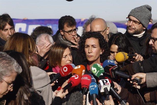 Marta Rovira y Carme Forcadell en el acto de campaña de ERC en Estremera