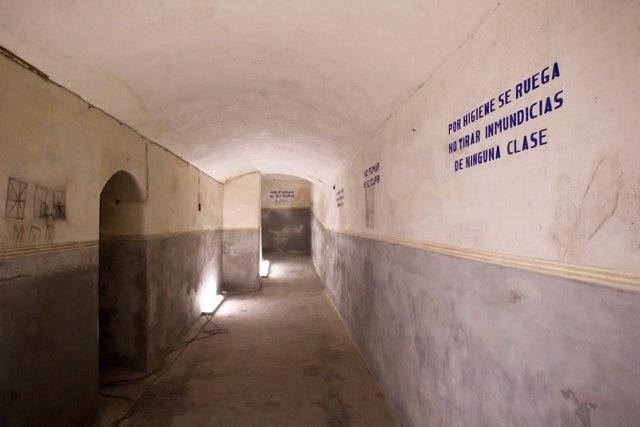 Refugi antiaeri de la guerra civil recuperat en l'edifici de Bombes Gens
