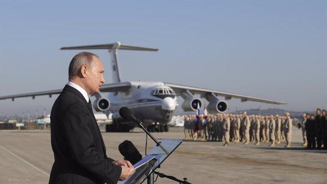 Un total de 40 grupos rebeldes de Siria rechazan la propuesta de Rusia para cele