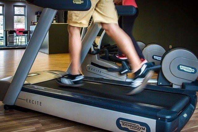 Correr, gimnasio, cinta, ejercicio