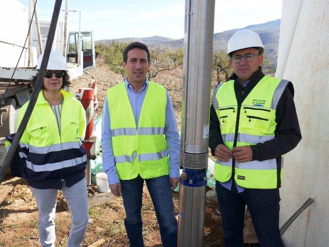 Las obras en el sondeo de Benizalón garantizarán el acceso al agua potable.