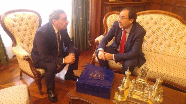 El fiscal general se reúne con el alcalde de Palencia