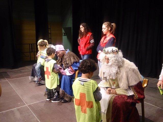 Los Reyes Magos visitarán también este año las colonias de invierno de Cruz Roja