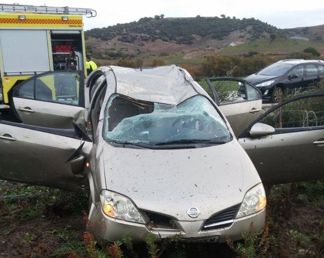 Rescate mujer accidentada por Bomberos