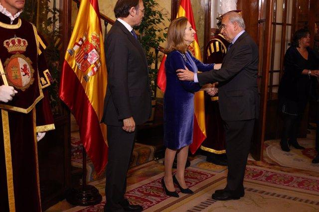 Ana Pastor y Alfonso Guerra en el Día de la Constitución
