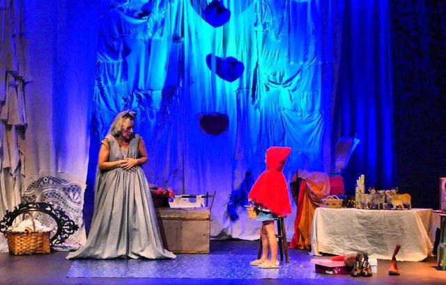 El Teatro Arbolé se convierte en el 'Desván de los hermanos Grimm'