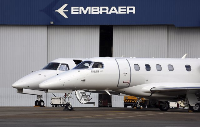 Embraer, Fabricante De Aviones