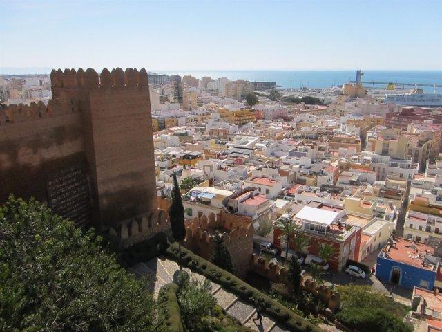 Vista de Almería desde la La Alcazaba