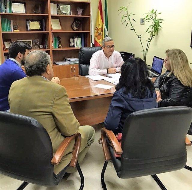 El alcalde de San José del Valle con su equipo de gobierno