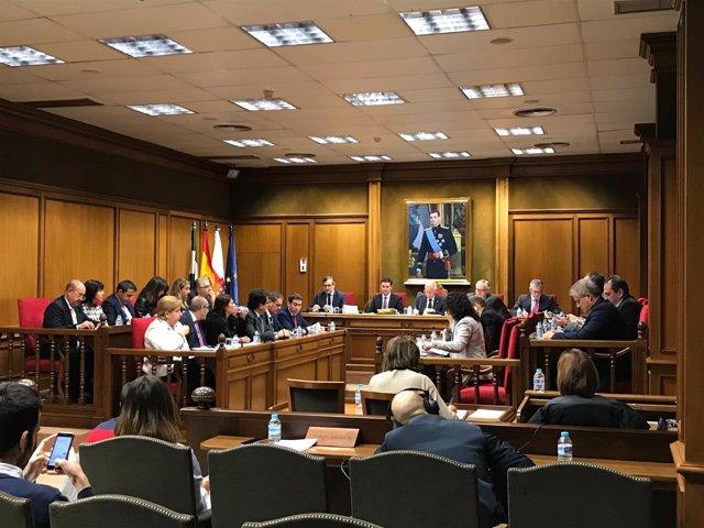 La Diputación de Almería aprueba en pleno su presupuesto para 2018.