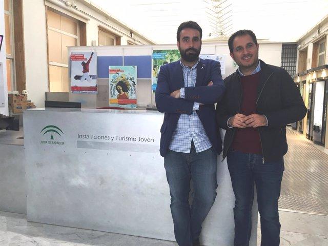 Pizarro (dcha.) y Mayoral visitan las instalaciones