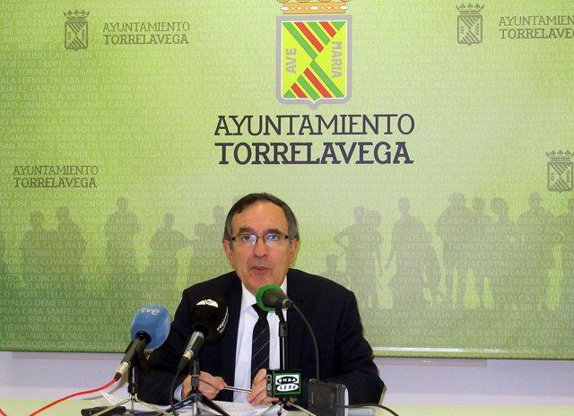 Cruz Viadero, alcalde