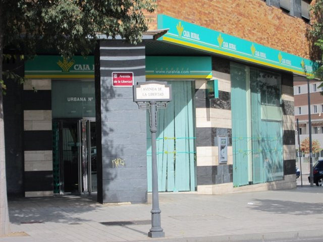 Oficina de la Caja Rural del Sur en Córdoba que ha sufrido el atraco
