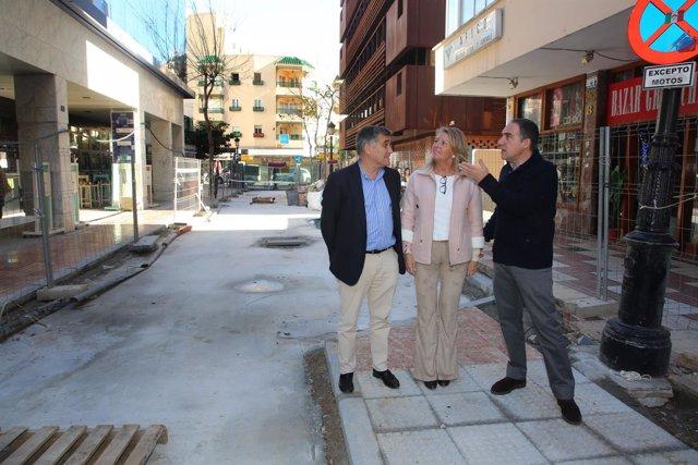Bendodo y Angeles Muñoz calles marbella mejora diputación peatonalizar