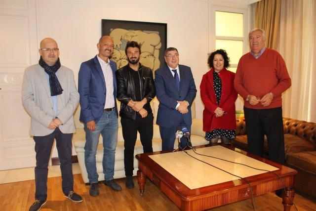 Np: Vélez Málaga Acoge El Rodaje De Una Serie Producida Por Mario Bolaños