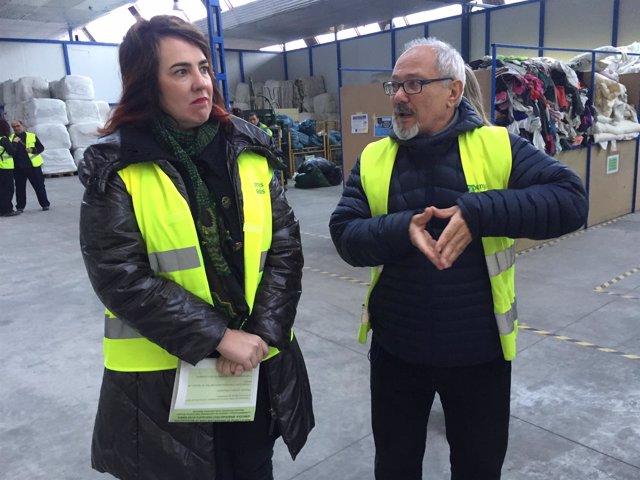 Ainhoa Aznárez y José María García, en Traperos de Emaus.
