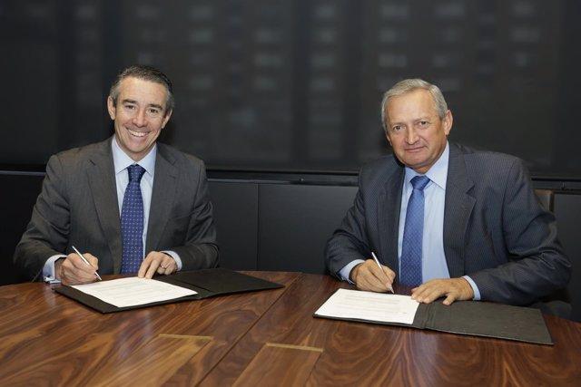 Juan Alcaraz (CaixaBank) y Ángel Villafranca