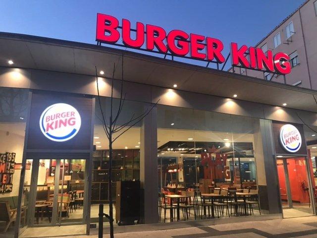 Burger King abre un nuevo establecimiento en la calle Emilio Castelar de Zaragoz