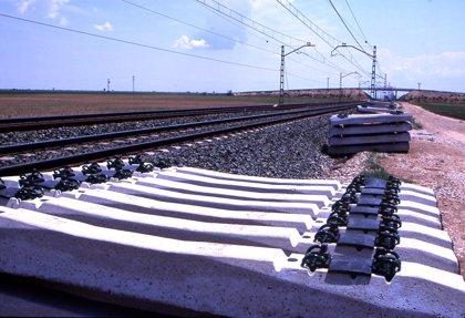 Adif no cobra indemnizaciones por robos de cable de las líneas de tren por no tenerlo asegurado