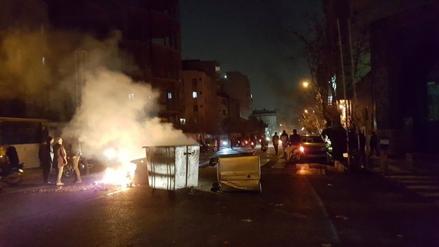 Protesta en Teherán, Irán, ocurrida el 30 de diciembre de 2017