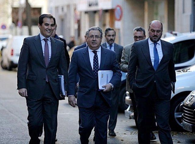 Zoido Acude A La Comisión De Seguimiento Del Pacto De Estado Contra Yihadismo