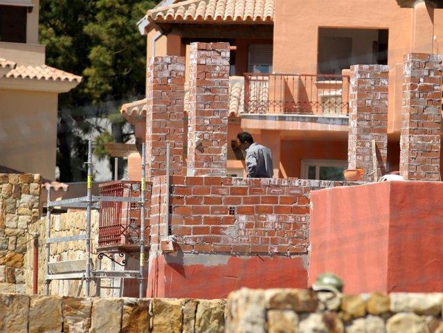 Obras de una urbanización de casas de Marbella