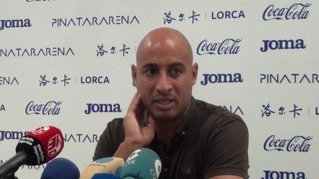 El exjugador y entrenador Mehdi Nafti