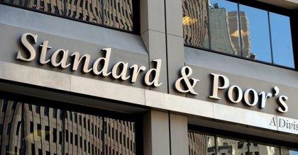 Standard & Poor's rebaja la calificación de los bonos de Venezuela y los deja en situación de 'default'