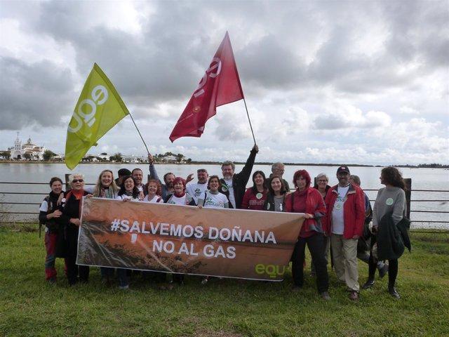 EQUO en la manifestacion contra el proyecto gasista en Doñana
