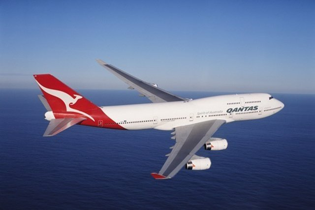 Un Avión De Qantas
